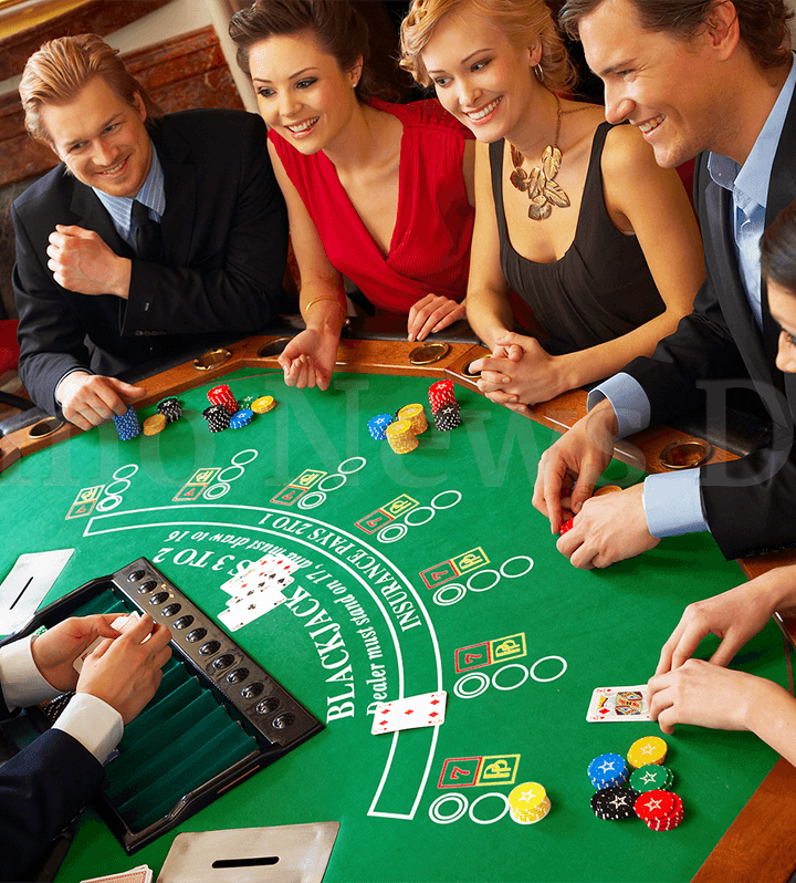 What game should you pick while playing casino online?