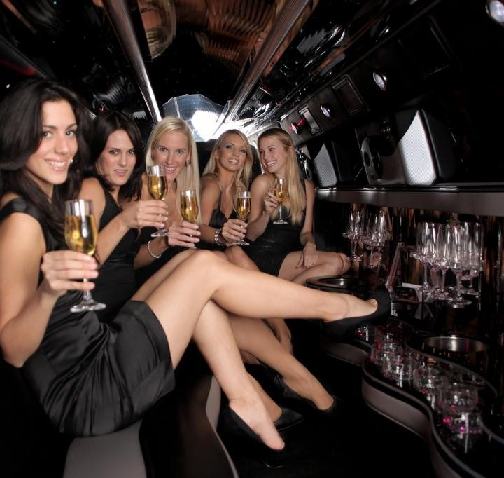 Book A Limo For Winery Tours Niagara
