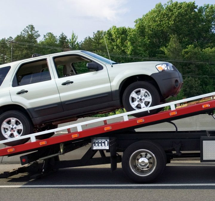 Why is it necessary to get the best towing truck services for yourself?